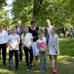 Norwegian King Harald, Queen Sonja, Princess Ingrid Alexandra, Prince Sverre Magnus and the two daughters of Princess Martha Louise, Leah and Emma plants trees and had a look at the insect hotel in the park of the royal palace in Oslo, Norway, 13 June 2016. Photo: Albert Nieboer/RPE/NETHERLANDS OUT