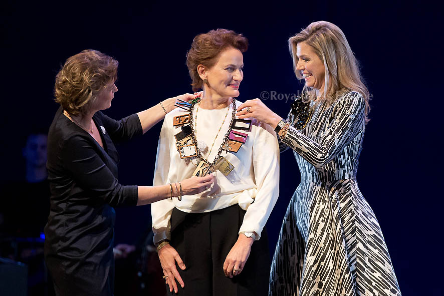 Queen Máxima Awards Prince Bernhard Culture Prize to Architect Francine Houben