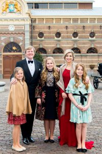 King Willem Alexander and Queen Maxima and family 2