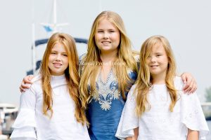Royal Family of the Netherlands in Warmond2