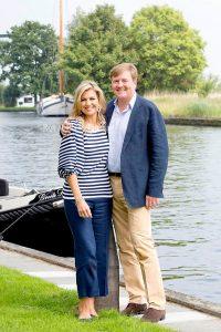 Royal Family of the Netherlands in Warmond4